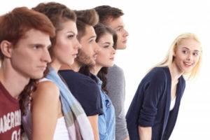 職場で嫌われているサインと対処法、関係を挽回する方法